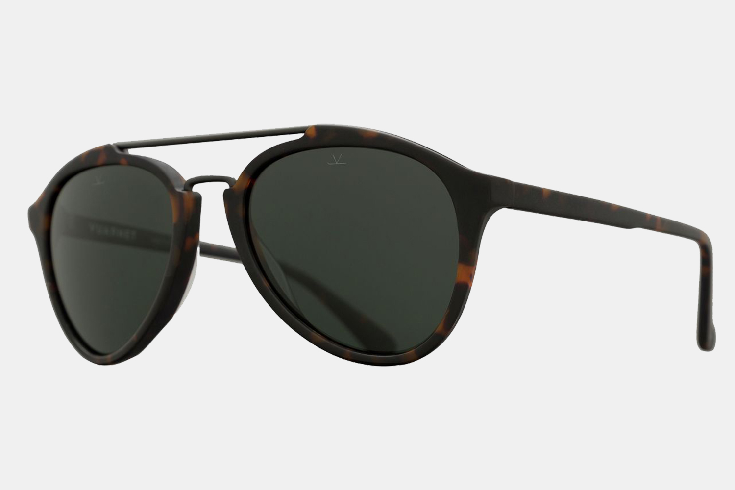 Deal: Take Up to 86% Off Vuarnet Sunglasses Because You Need Them All Year
