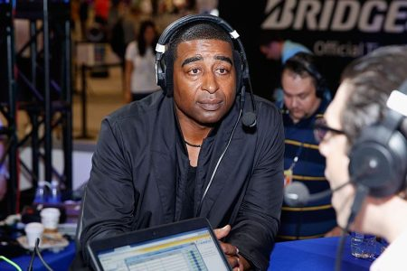 """Cris Carter May Be Out at Fox After Spat Over """"Thursday Night Football"""" Role"""