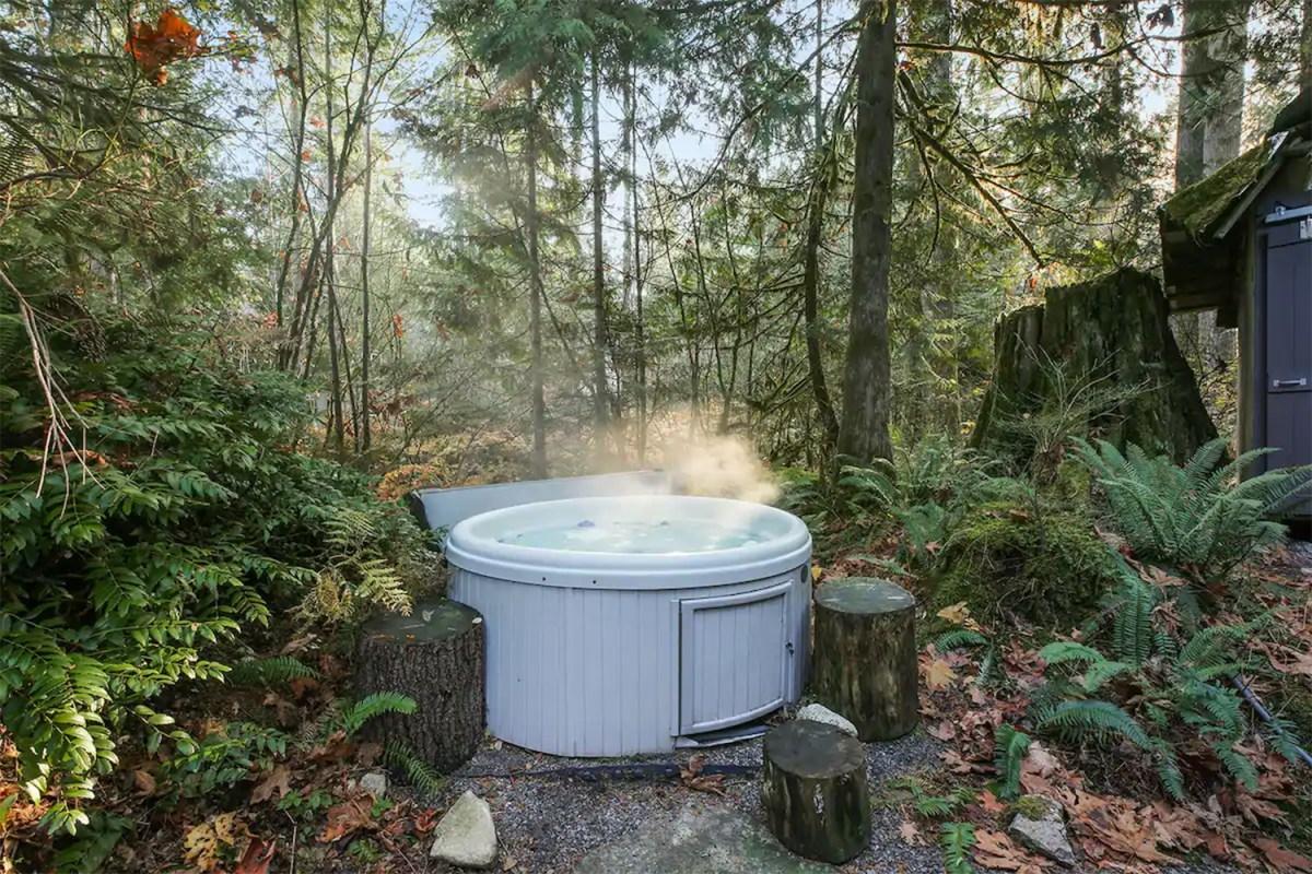 airbnb hot tub washington