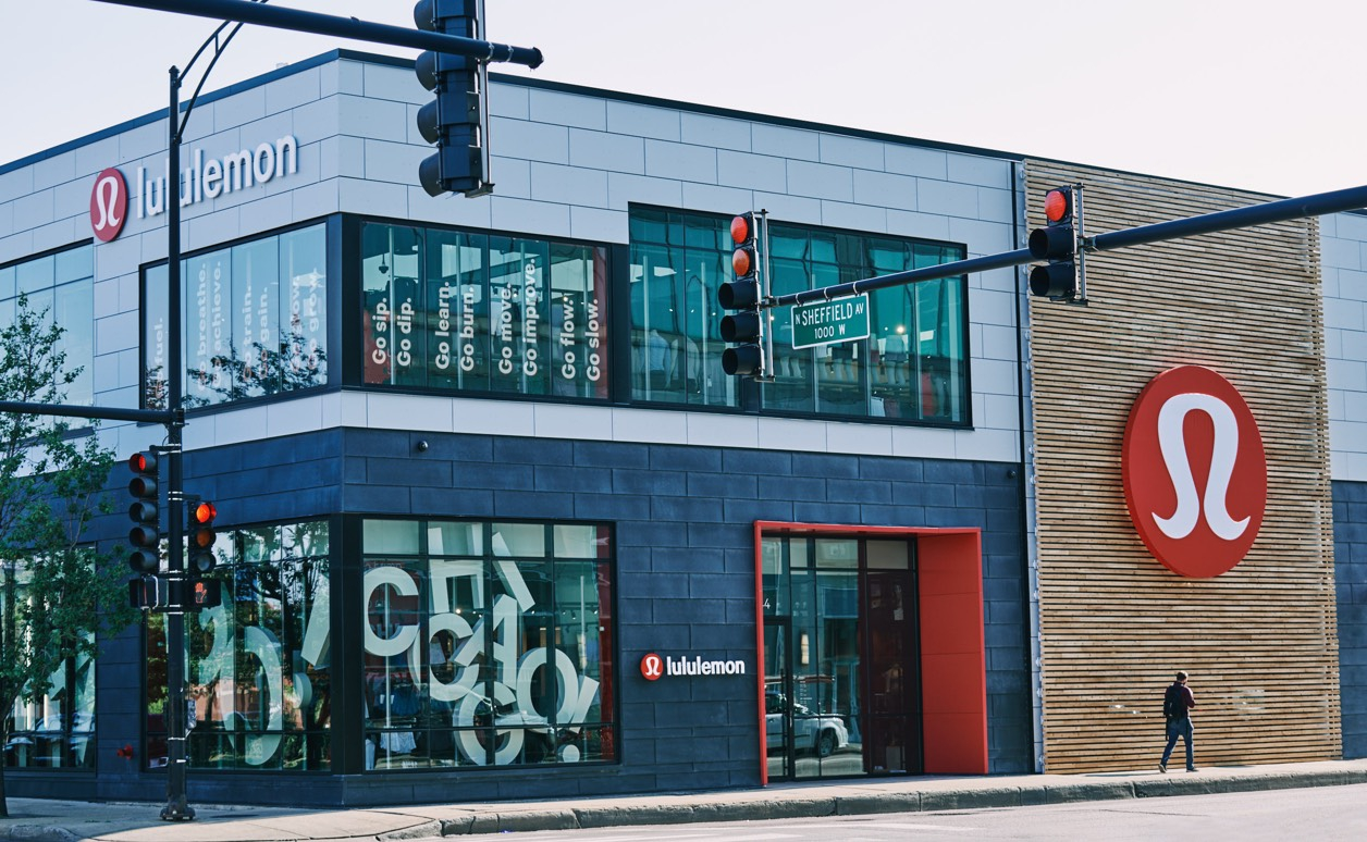lululemon lincoln park