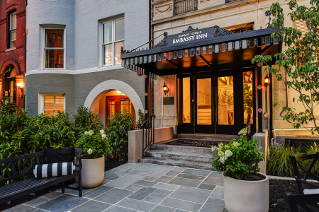 Dupont Circle Embassy Inn by FOUND