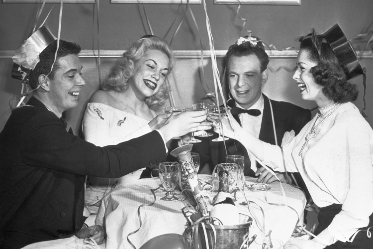 10 Chicago Booze Experts Name the Bottles They'll Be Drinking on NYE
