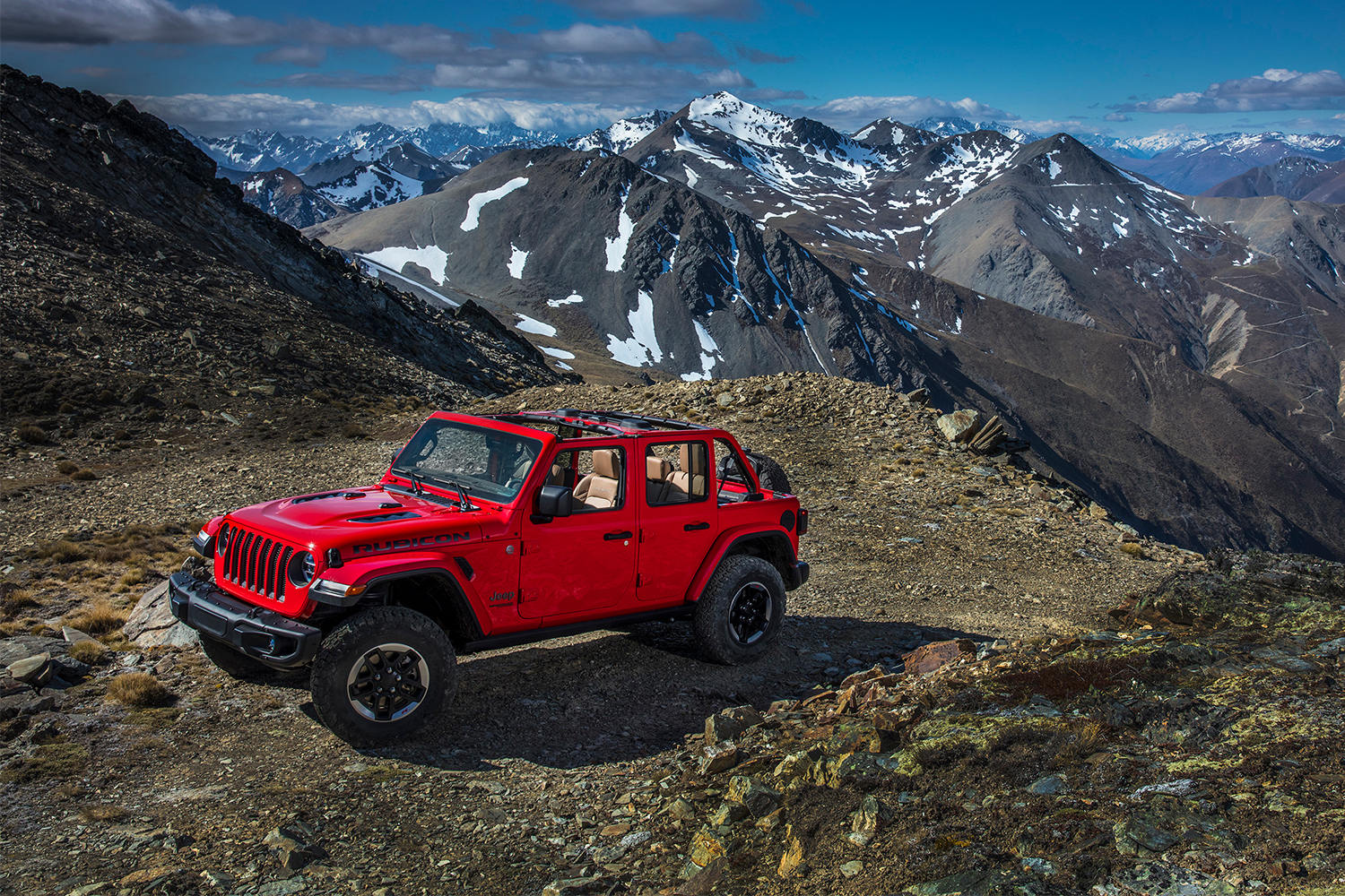 Jeep Says It Will Electrify Every Suv And Truck By 2022 Insidehook