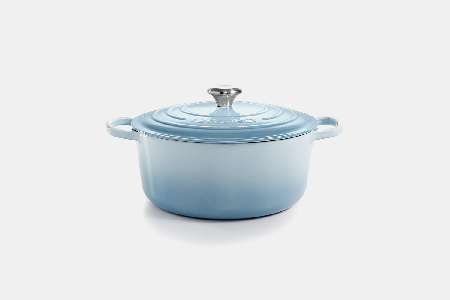 Deal: Get 30% Off This Le Creuset Dutch Oven