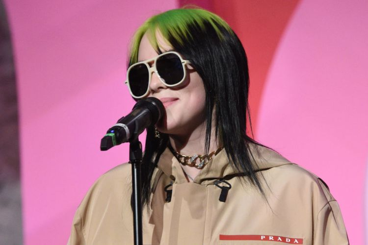 Billie Eilish accepts award for Billboard Women In Music 2019, presented by YouTube Music, on December 12, 2019 in Los Angeles, California. (Photo by Kevin Mazur/Getty Images for Billboard)
