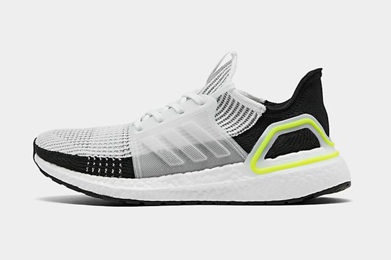 Neue Styles auf Lager. Adidas Ultraboost in Weiß jetzt