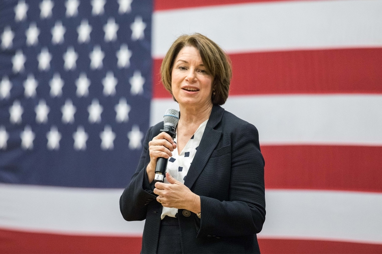 Amy Klobuchar Is Open to Revealing Alien Secrets - InsideHook
