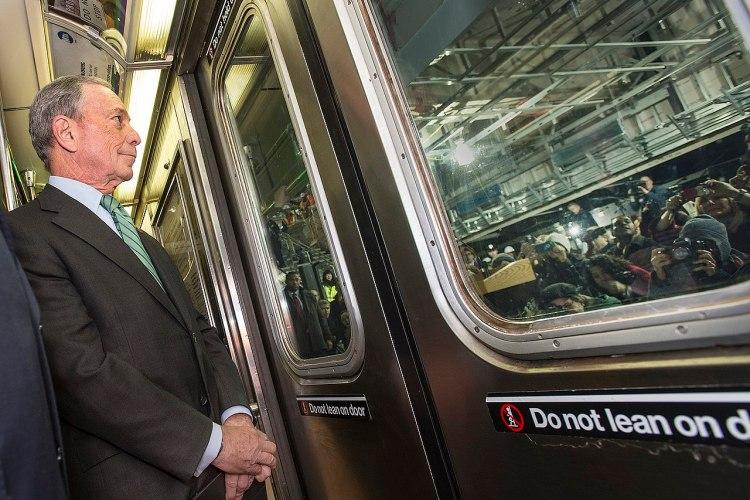 Michael Bloomberg Emphasizes Public Transportation in Campaign Platform