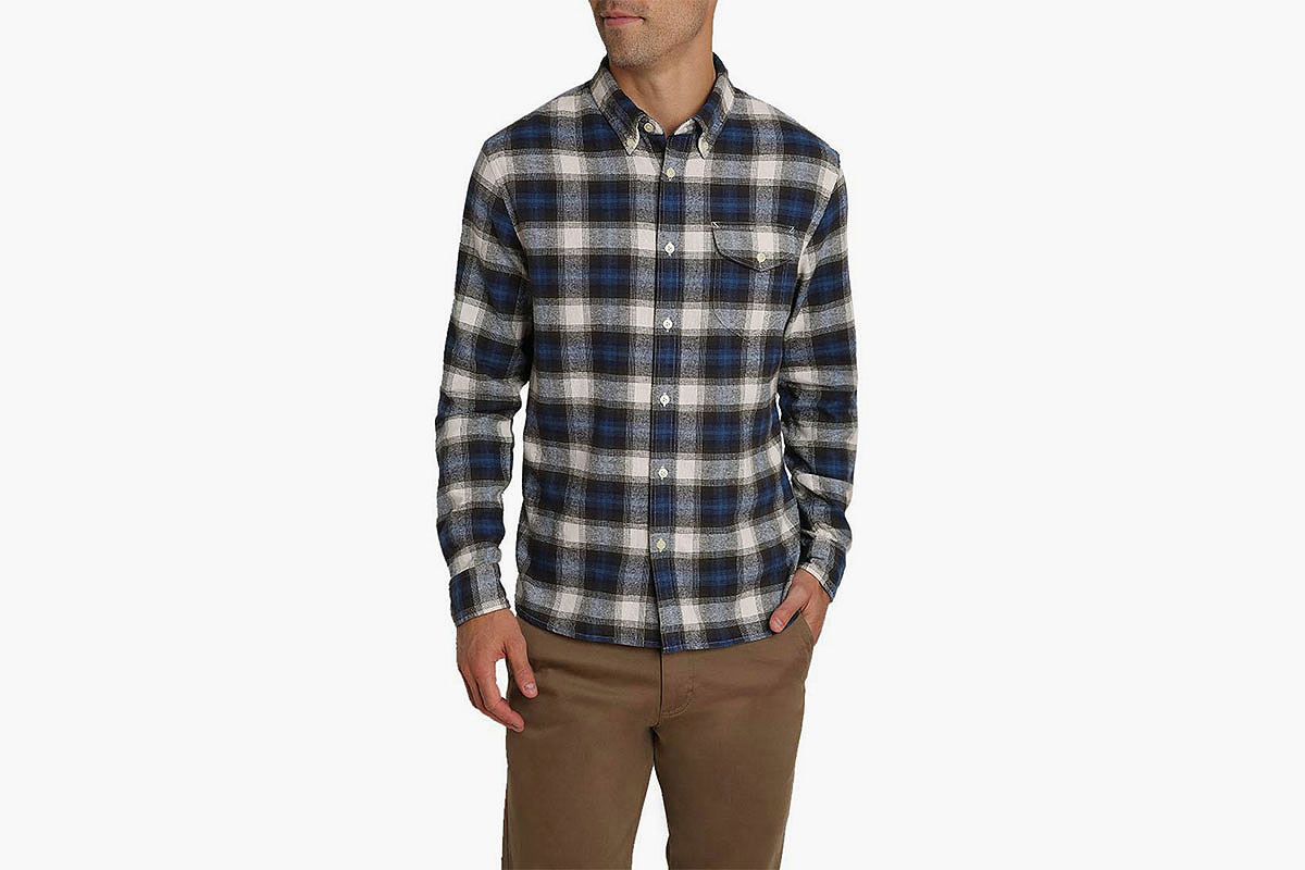 Deal: Two Flannels for $59? Let's Get Cozy With This Sale at Jachs.
