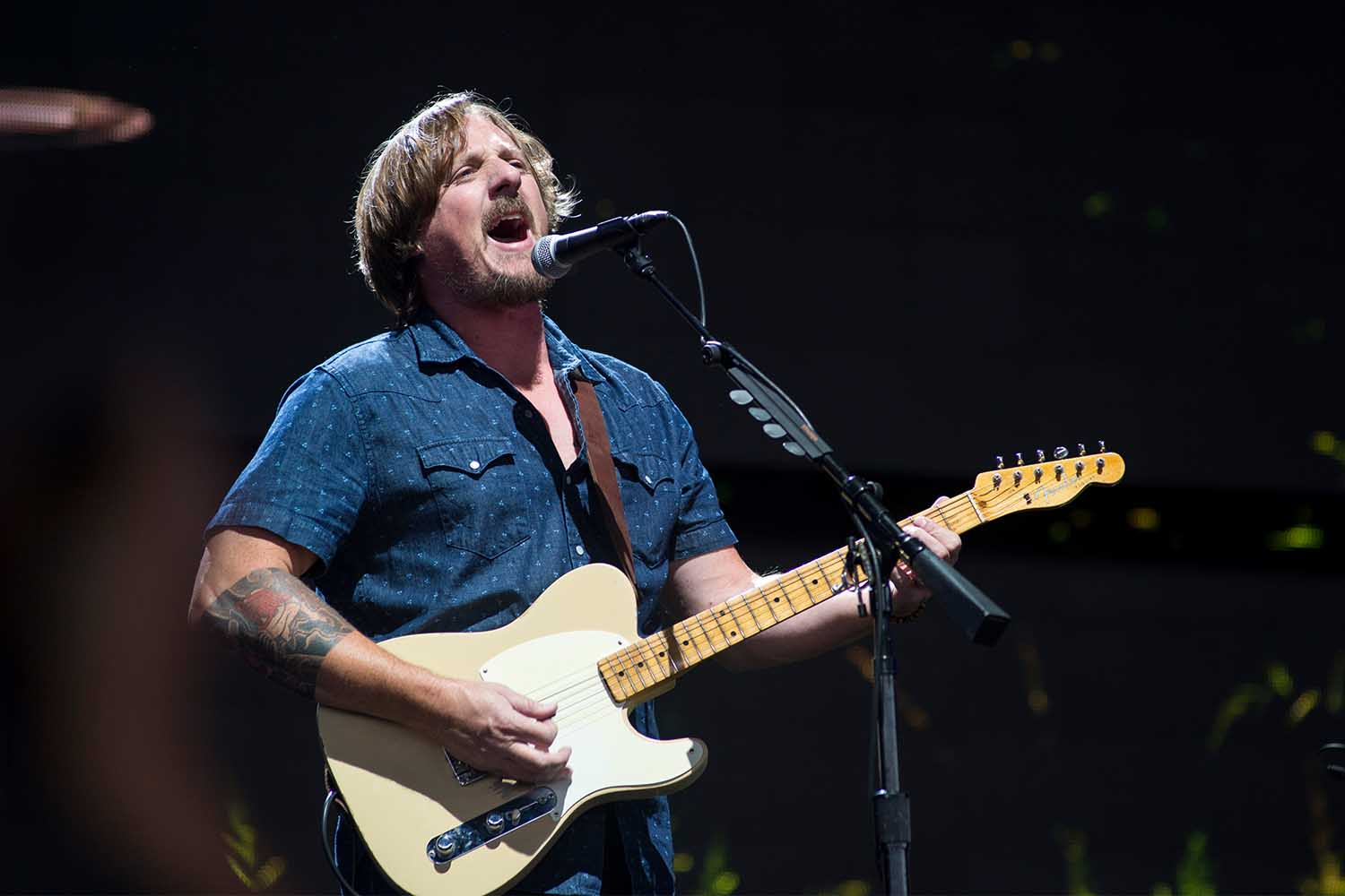 Sturgill Simpson performs at Farm Aid at the XFINITY Theatre in Hartford, Connecticut on September 22, 2018. (Photo by Ebet Roberts/Redferns)