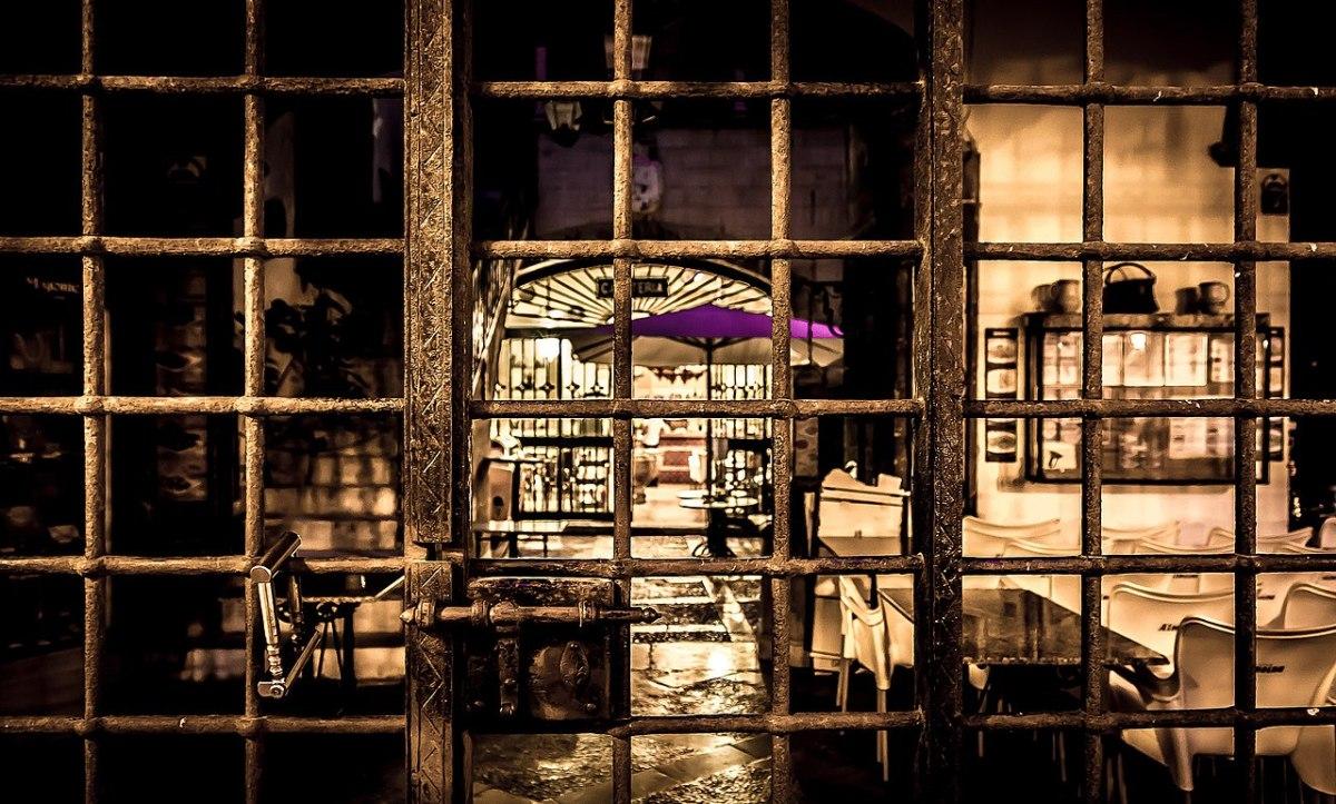 Why Are So Many High-Profile Restaurants Closing? - InsideHook