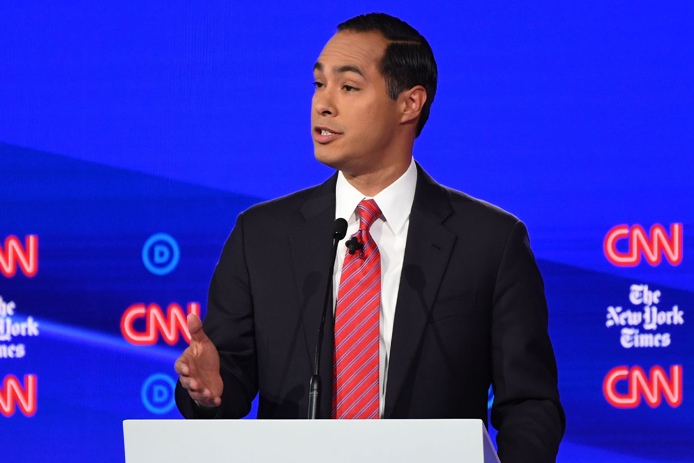 julian castro suit guide democratic debate