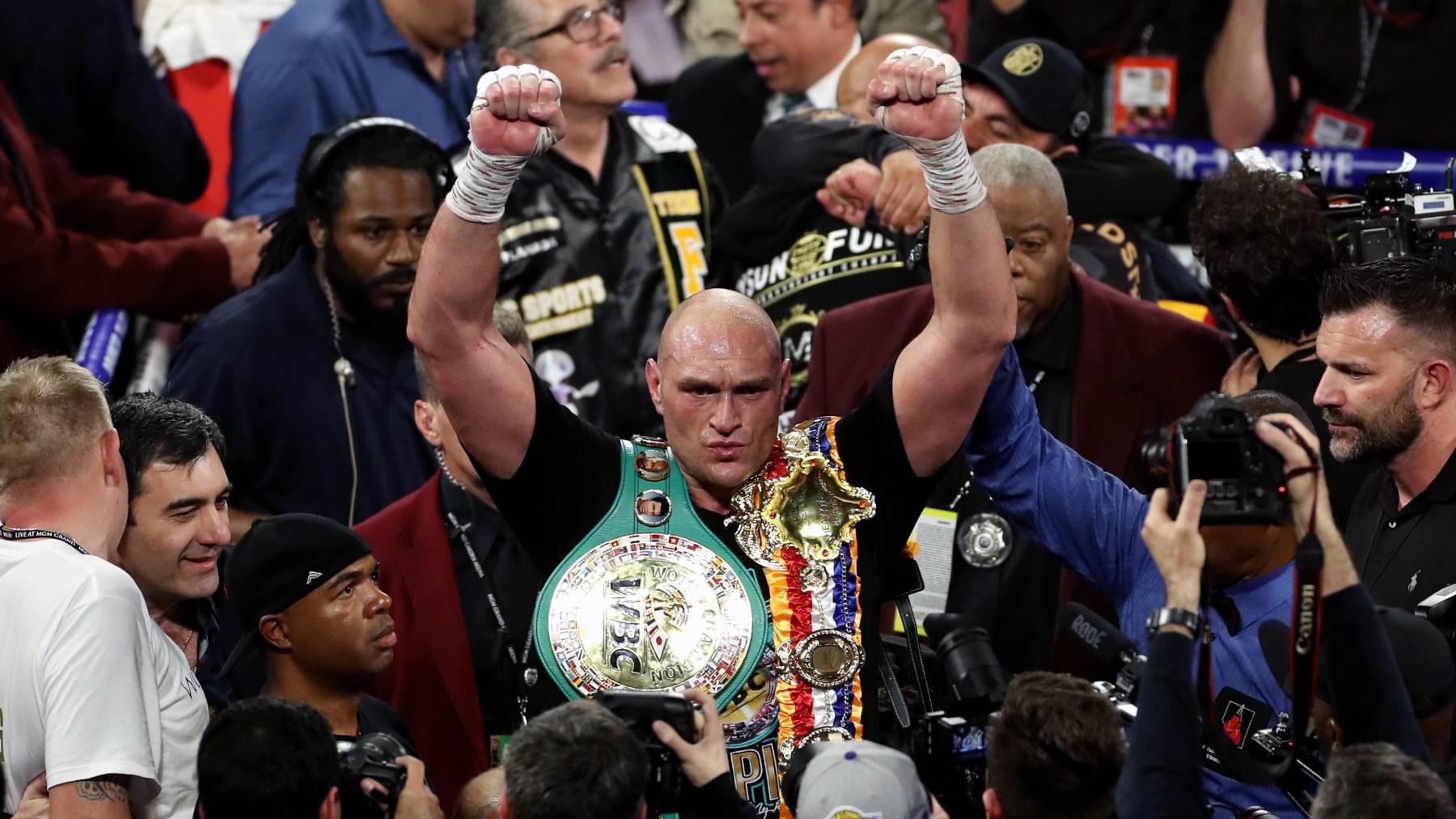 Tyson Wilder beats Deontay Wilder