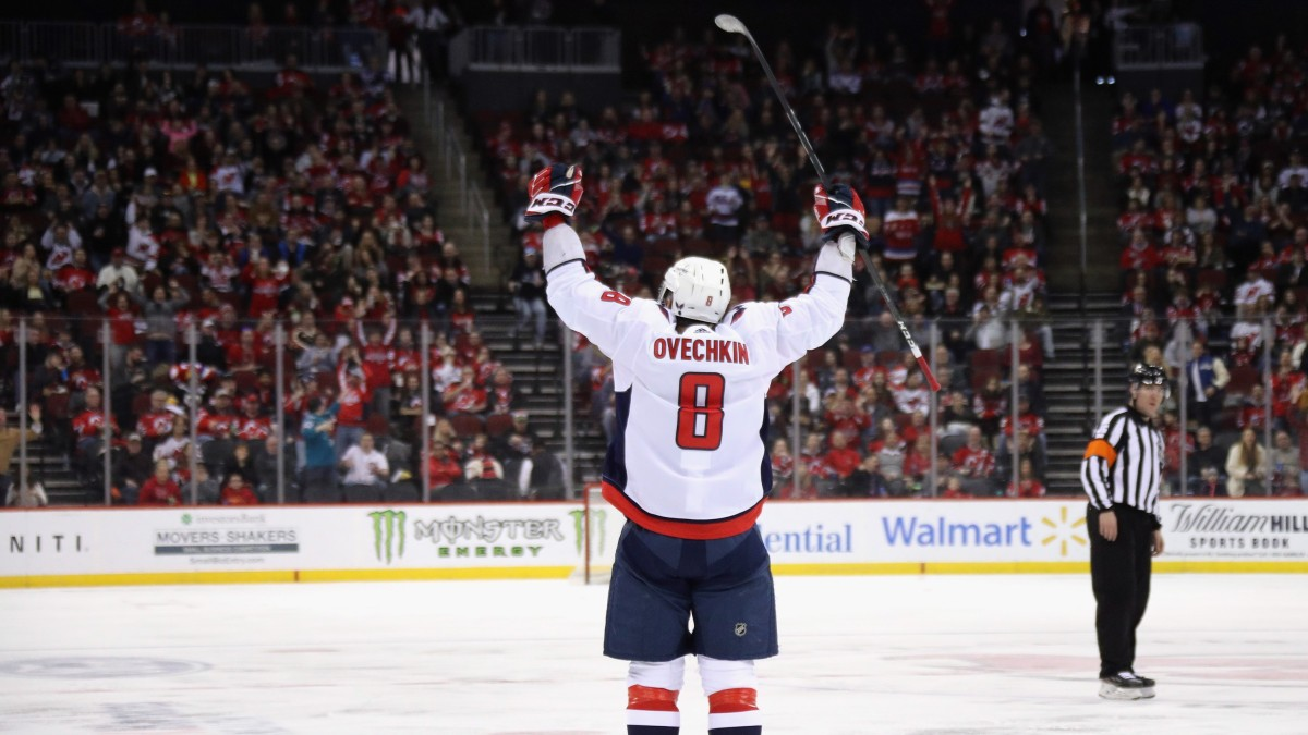 Can Alex Ovechkin Catch Wayne Gretzky's NHL Goalscoring Record?