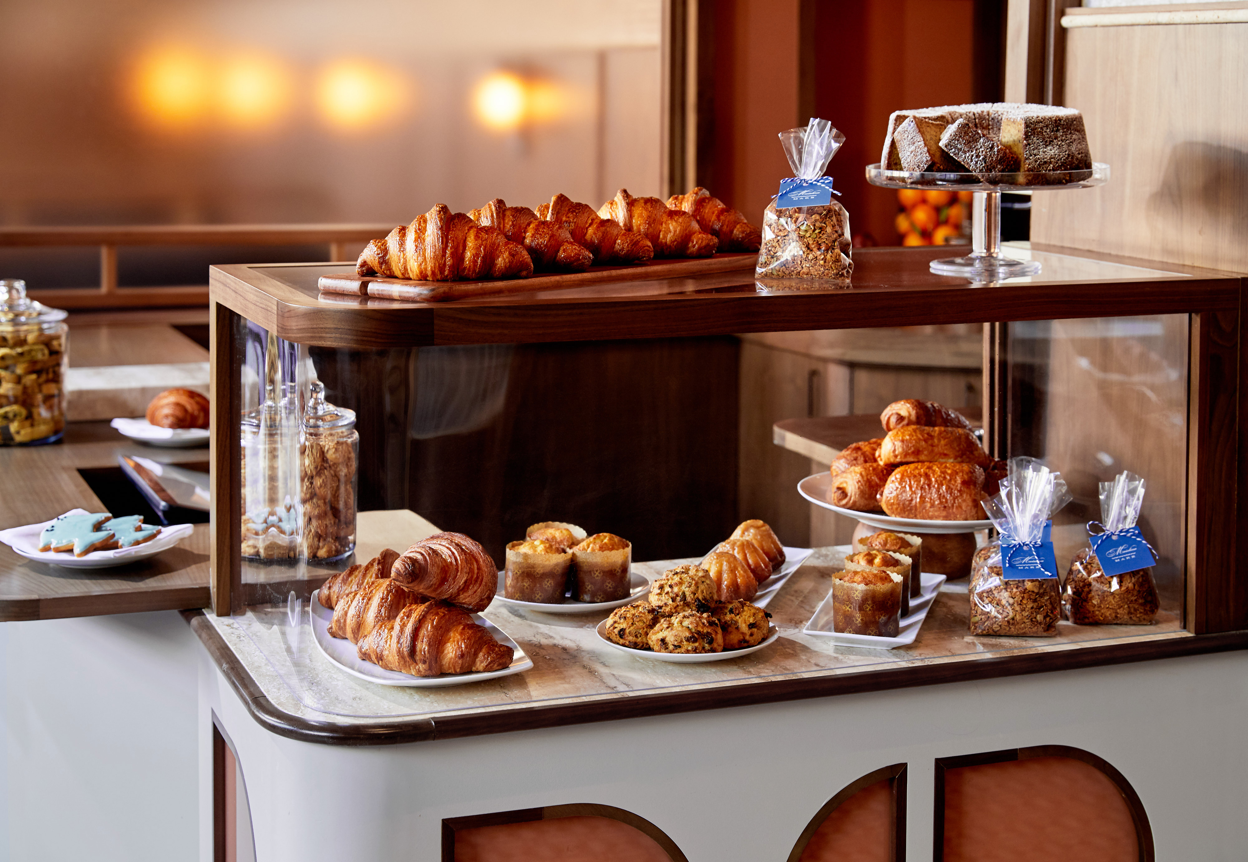 thompson hotel dc maialino mare pastry case