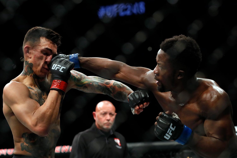 UFC fighters Sodiq Yusuff and Andre Fili