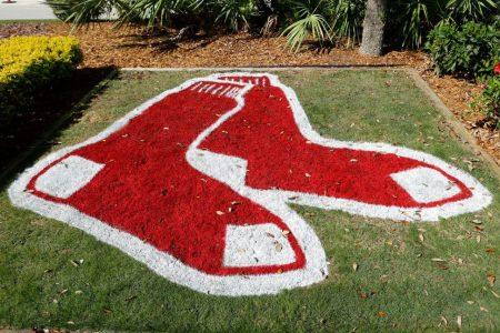 A Red Sox logo