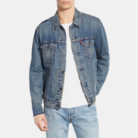 Deal: Take 40% Off This Classic Levi's Trucker Jacket