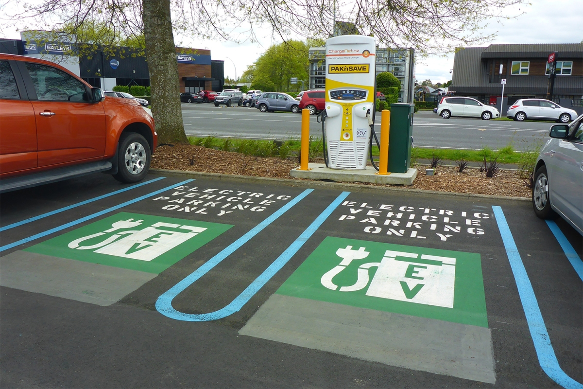 You Could Soon Charge Electric Vehicles in Five Minutes