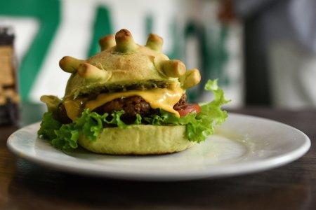 coronavirus burger