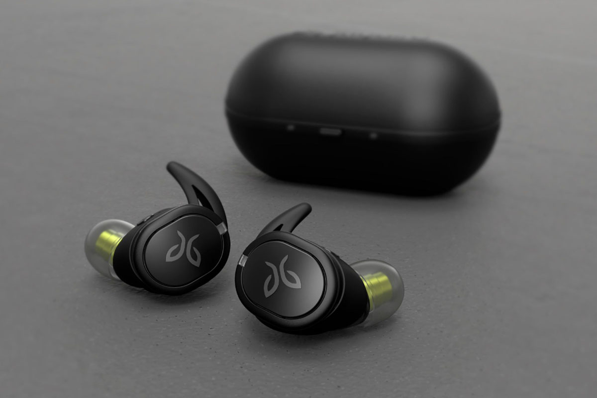 Deal: These Awesome, Workout-Friendly Jaybird Earbuds Are 70% Off