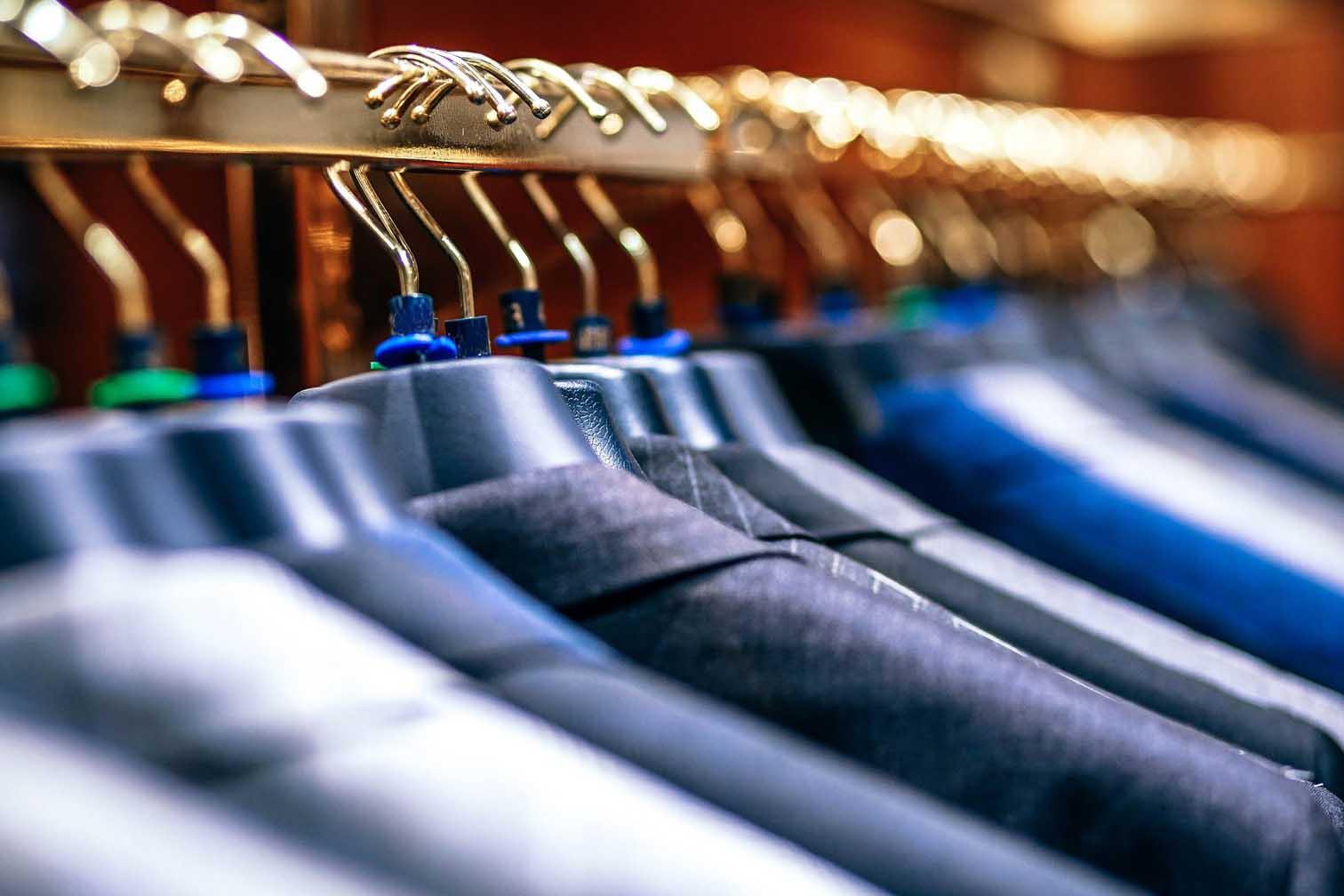 men's closet organized
