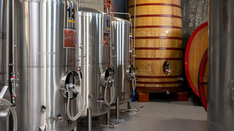 The barrel warehouse at Deschutes Brewery