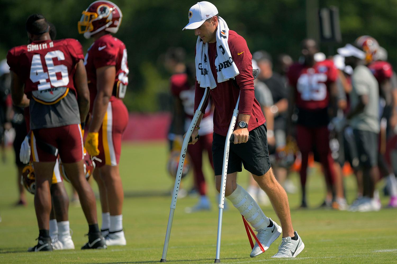 Alex Smith Attempting Nfl Comeback After 17 Leg Surgeries Insidehook