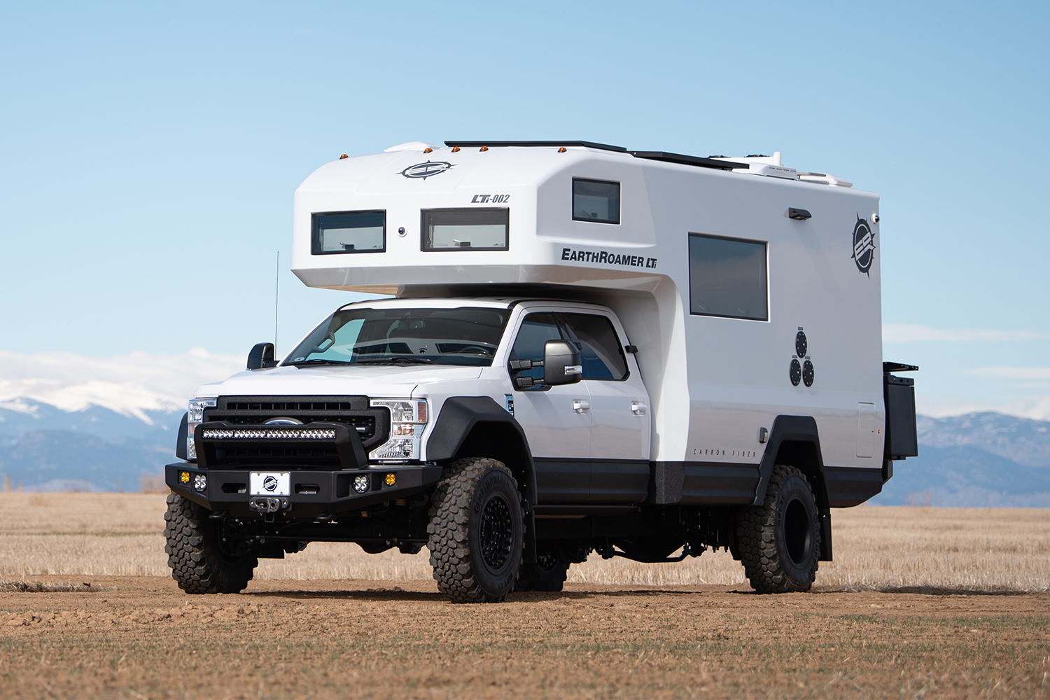 EarthRoamer LTi expedition RV