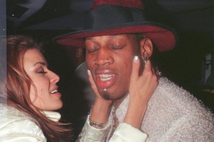 Carmen Electra And Dennis Rodman Had Sex On Bulls Center Court Insidehook