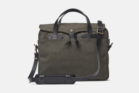 Deal: The Quintessential Filson Briefcase Is Over $100 Off Right Now