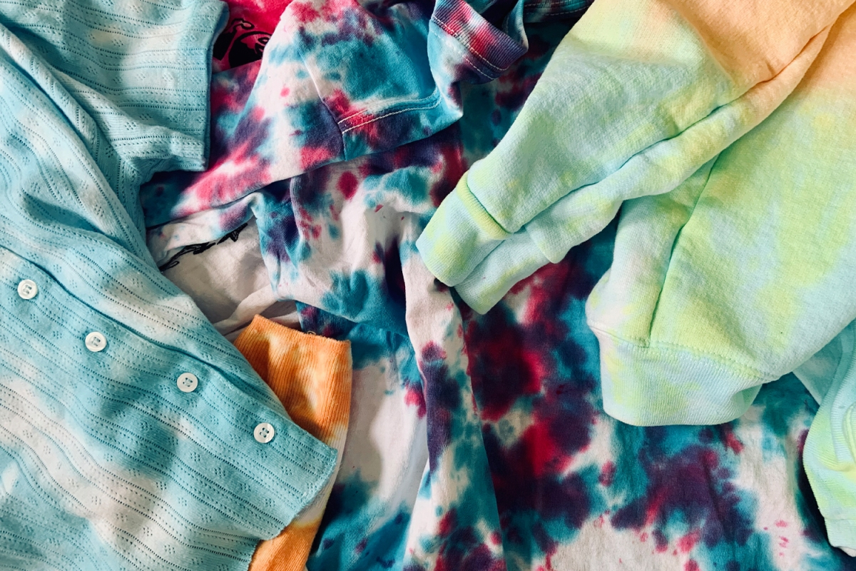 Project Quarantine: Your Guide to Tie-Dyeing at Home