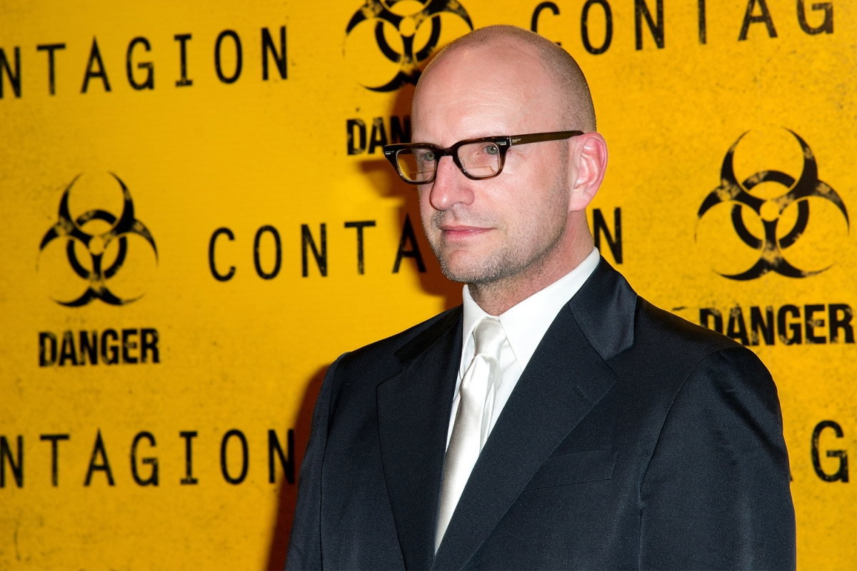 "Director Steven Soderbergh at the Premiere of ""Contagion"" in Paris"