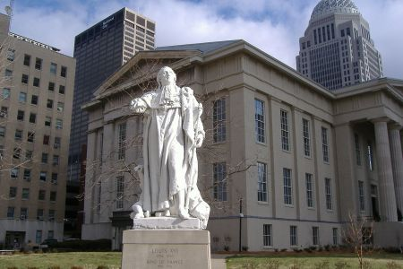 Louis XVI statue