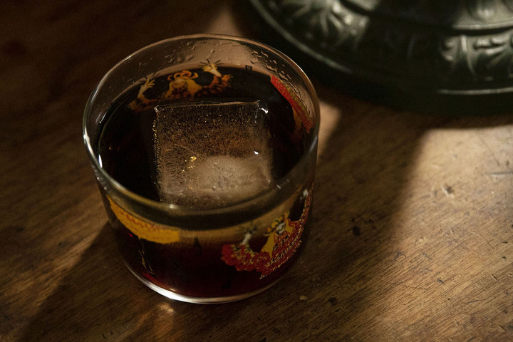"Boulevardier of Sweeter Dreams: What Constitutes a ""Nightcap,"" Anyway?"