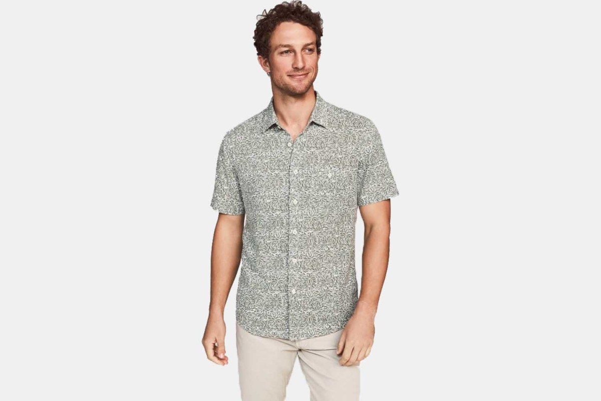 Deal:  Save Up to 50% on Handsome Faherty Button-Downs