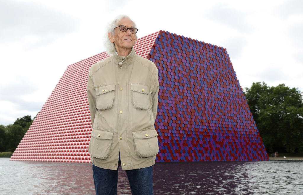 Press preview Of Christo
