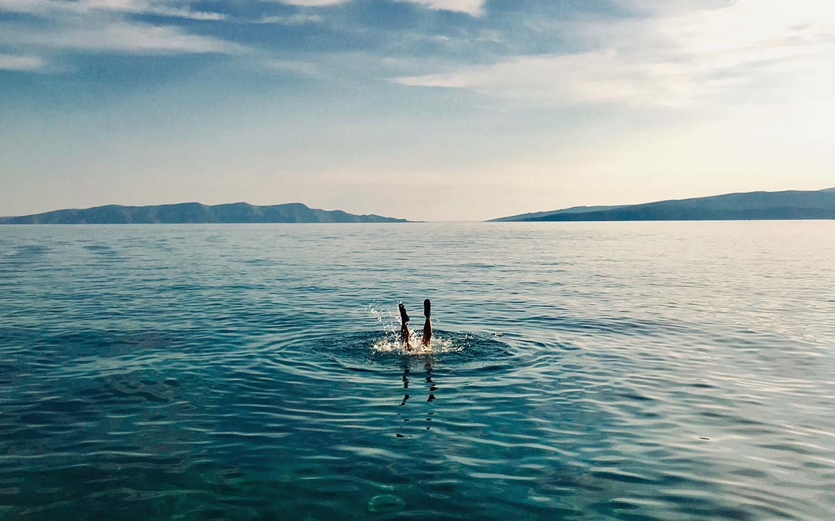 """How """"Wild Swimming"""" Could Save Your Pool-Less Summer"""