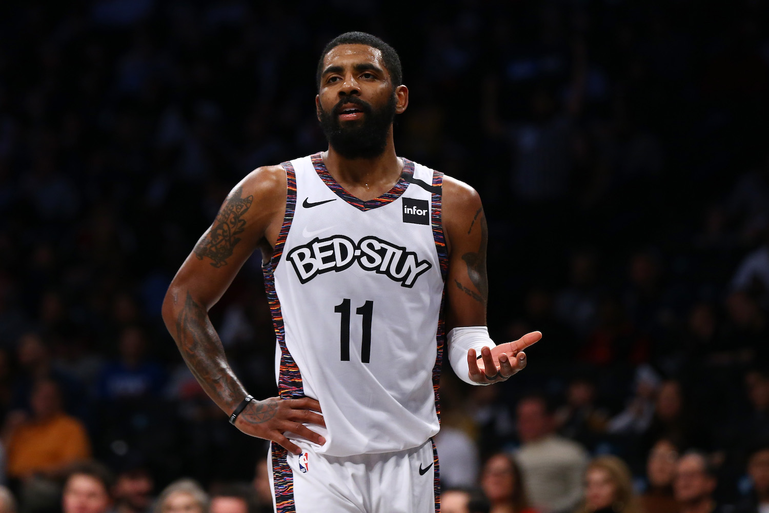 Kyrie Irving confused during game