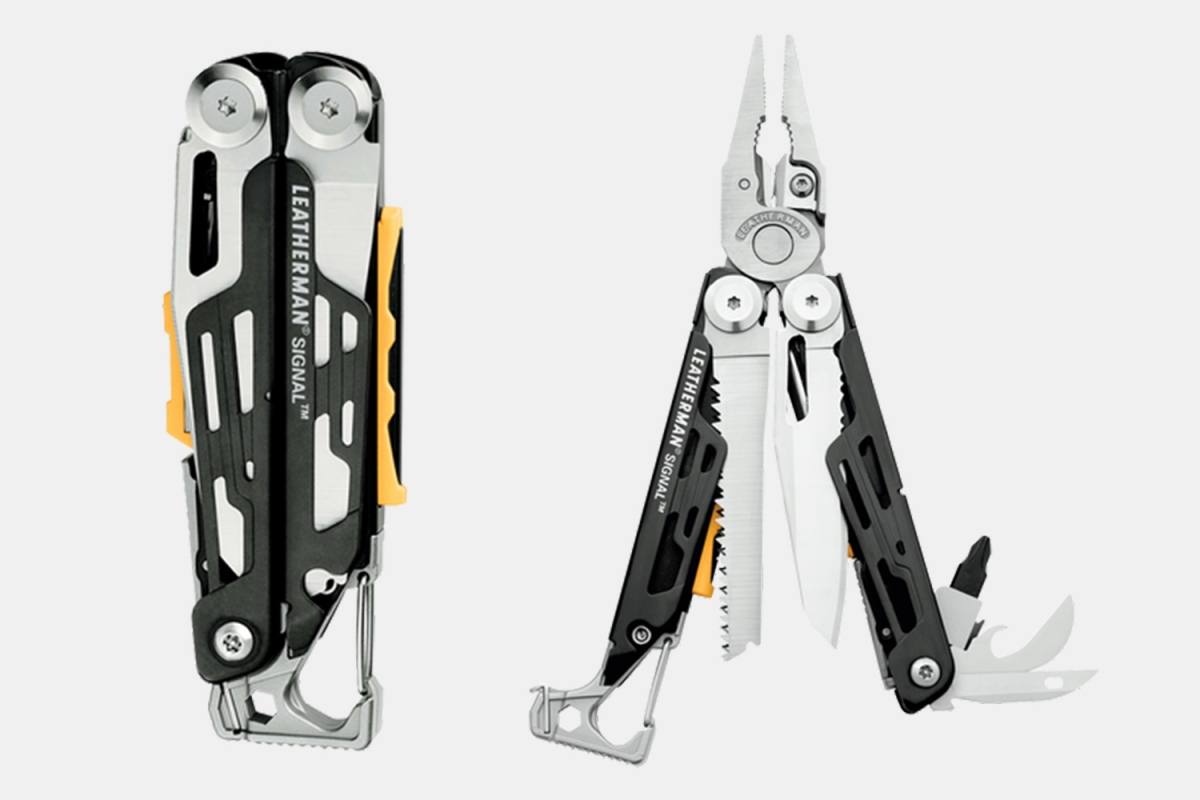 The Leatherman Signal multitool closed and open