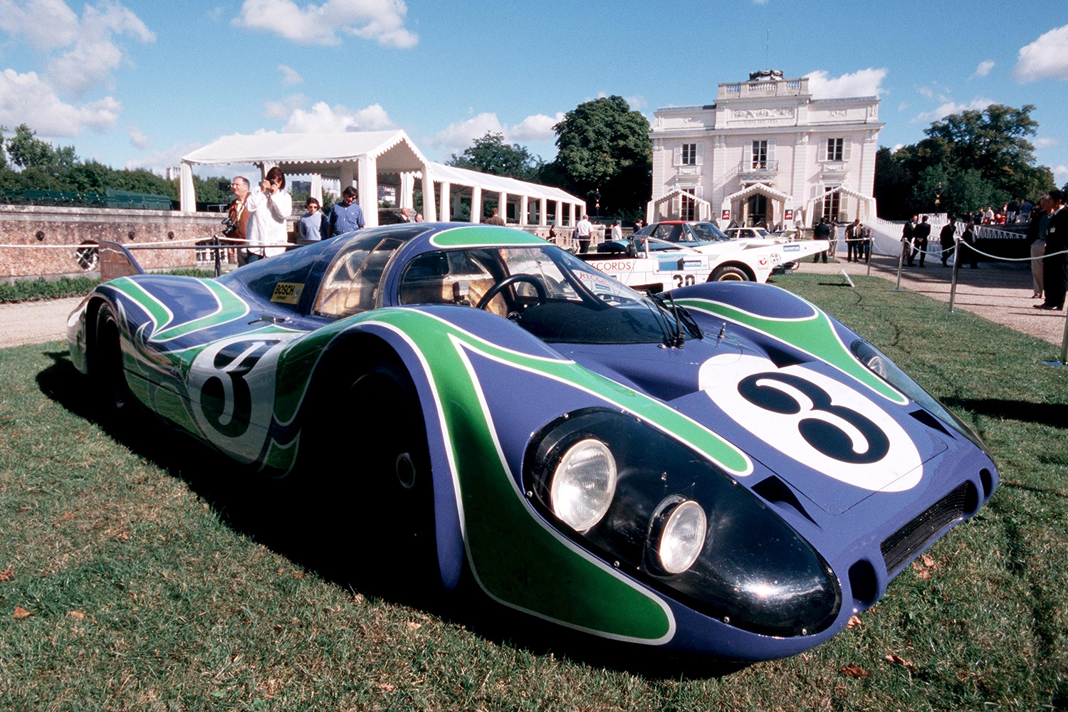 The Porsche 917 with the Hippie livery exhibited at Bagatelle park in France in 2001