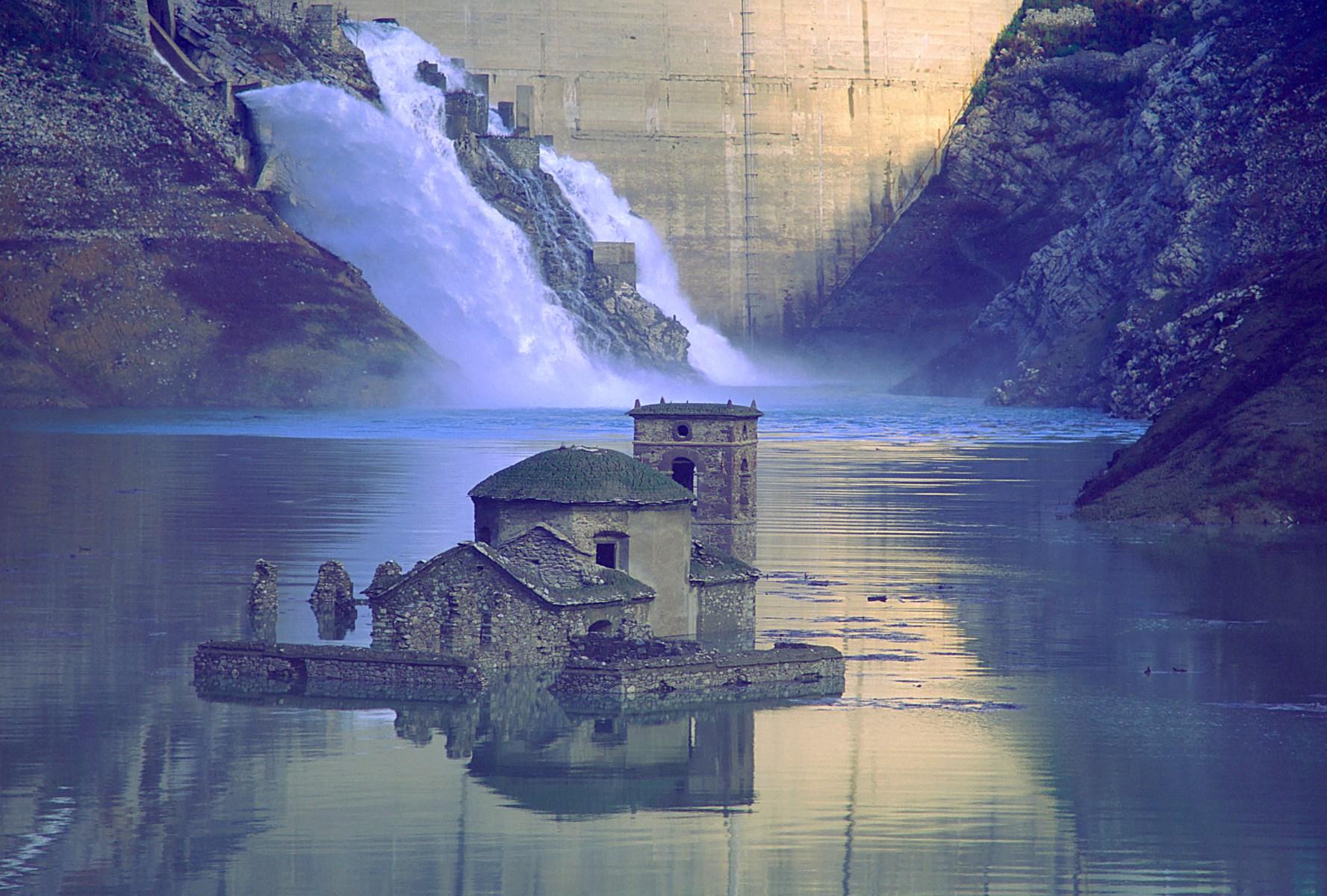 underwater ghost village