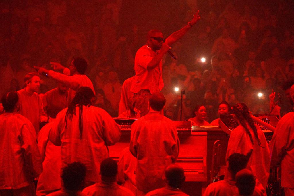 Kanye West Announces 2020 Presidential Bid on Twitter
