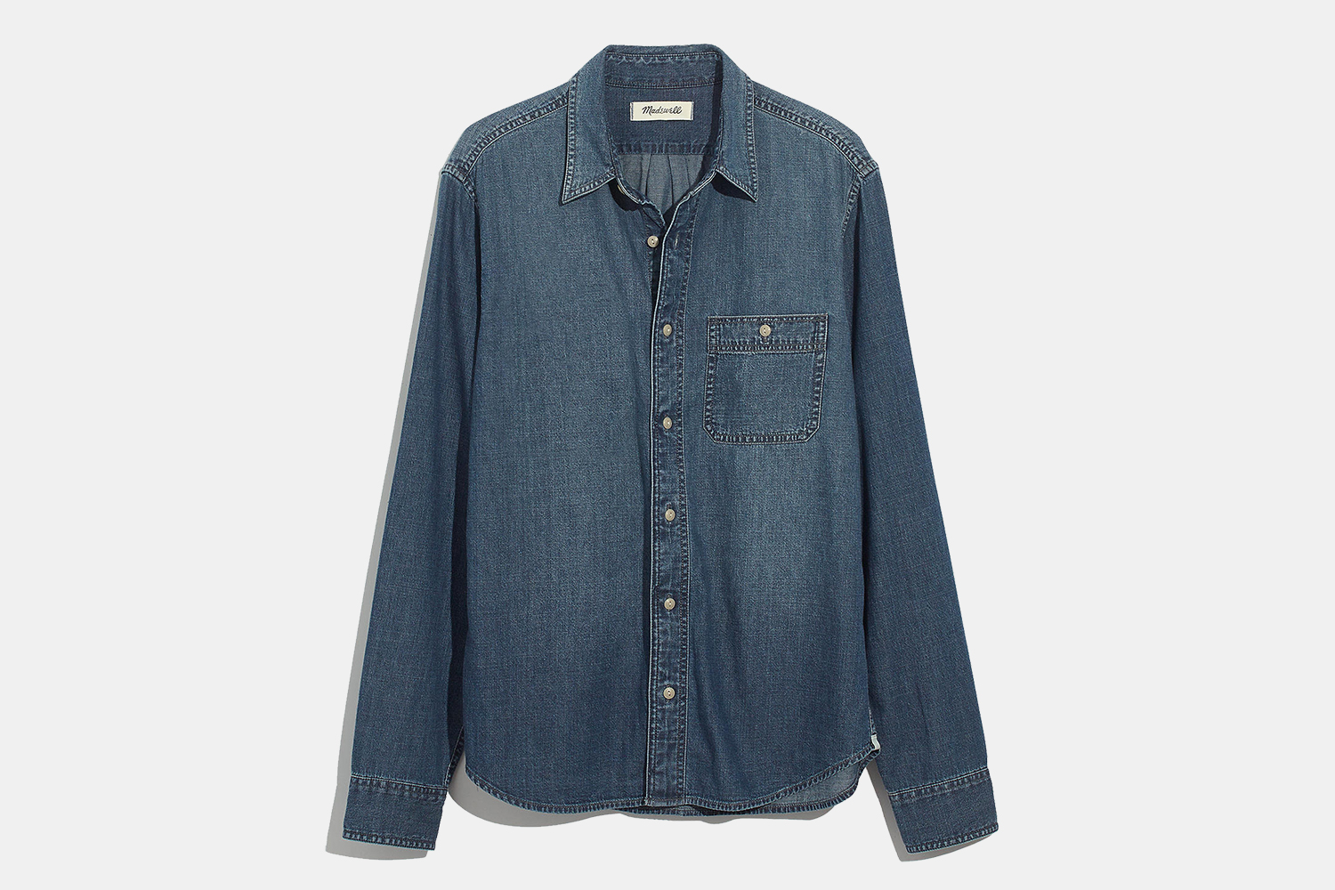 Madewell Men Denim Button-Down Shirt in Newhall Wash