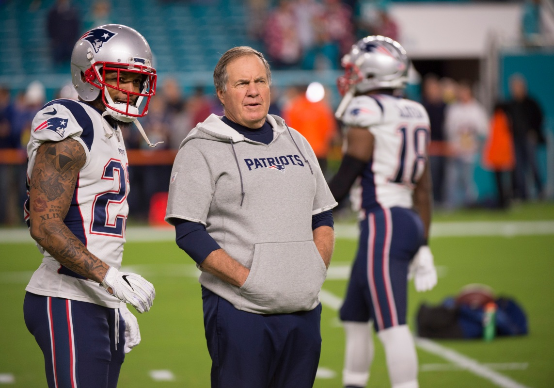 New England head coach Bill Belichick and Patriots safety Patrick Chung talk on the field in 2017. (Doug Murray/Icon Sportswire via Getty)