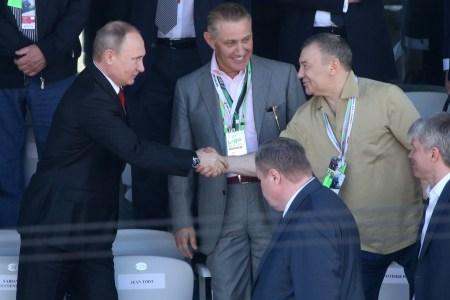 Rotenberg brothers with Vladimir Putin