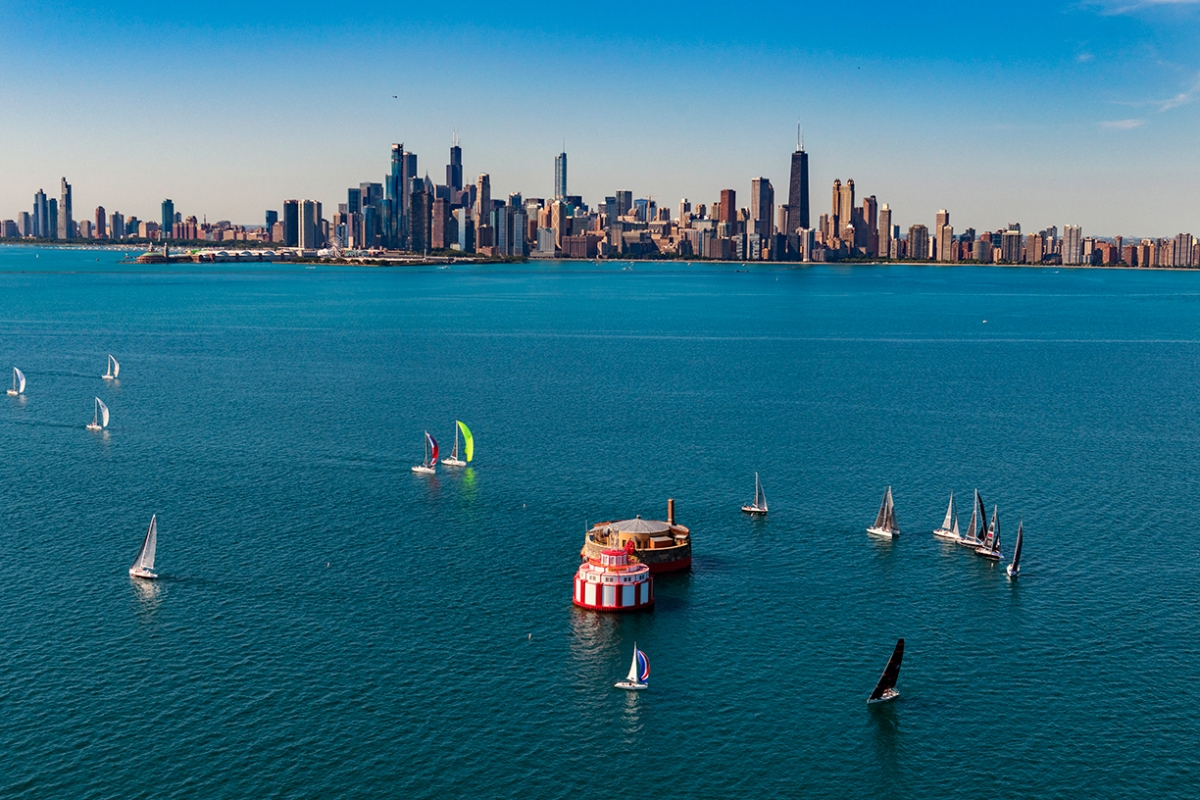 """How Chicago Photographer Barry Butler Shoots """"The Greatest City in America"""""""