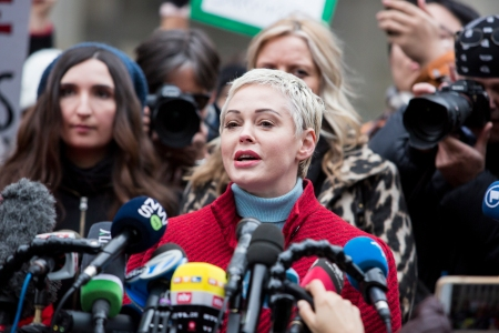 Actress Rose McGowan, who accused Weinstein of raping her and destroying her career, joins other accusers and protesters and speaks speech to the press as Harvey Weinstein arrived at the Manhattan courthouse on January 6, 2020 in New York City.(Photo by Pablo Monsalve/VIEWpress via Getty Images)