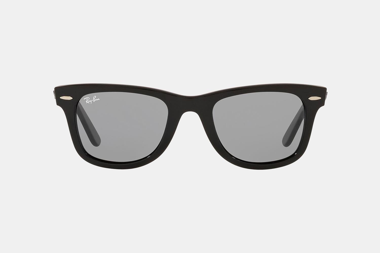 Ray-Ban Classic Wayfarers Sunglasses