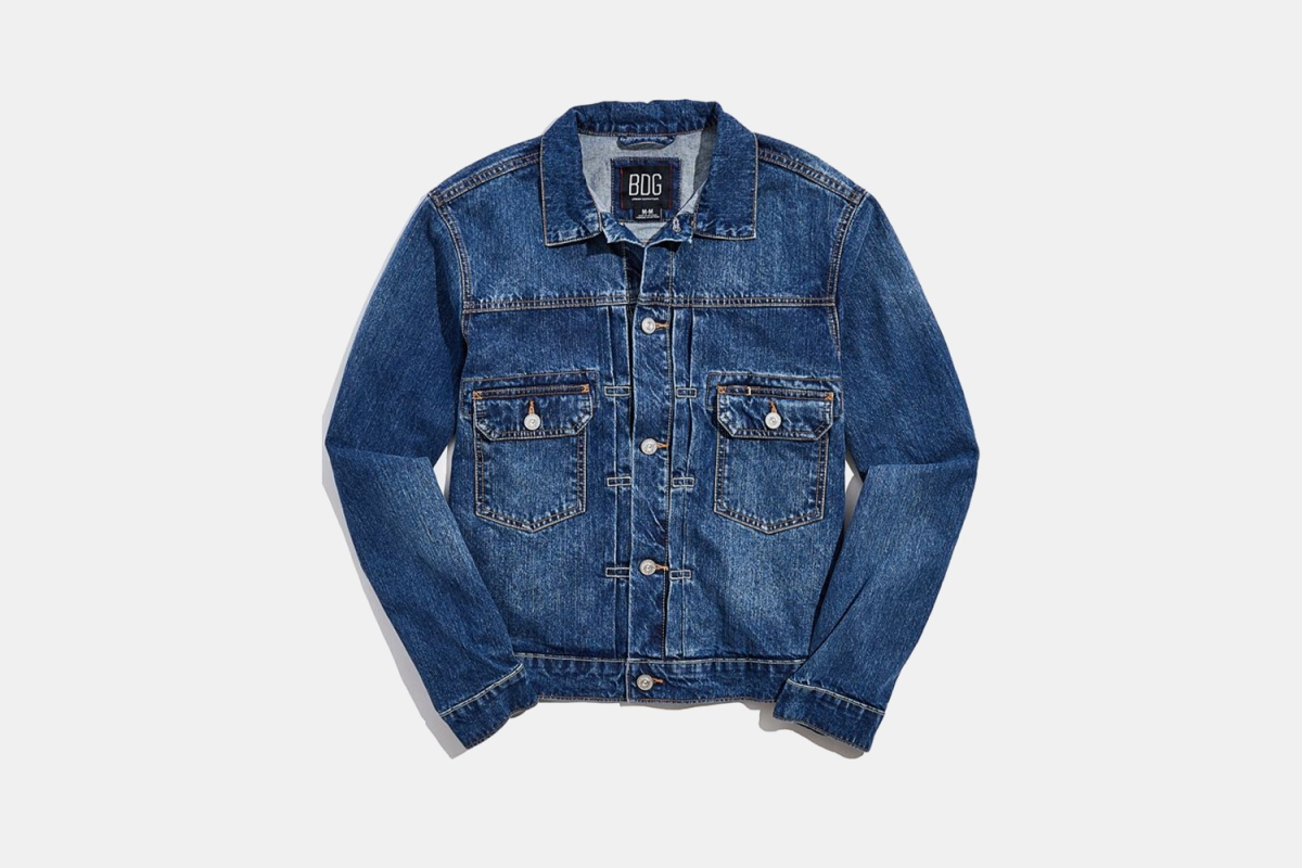 Deal: This Perfect-for-Fall Denim Trucker Is Now Less Than $50